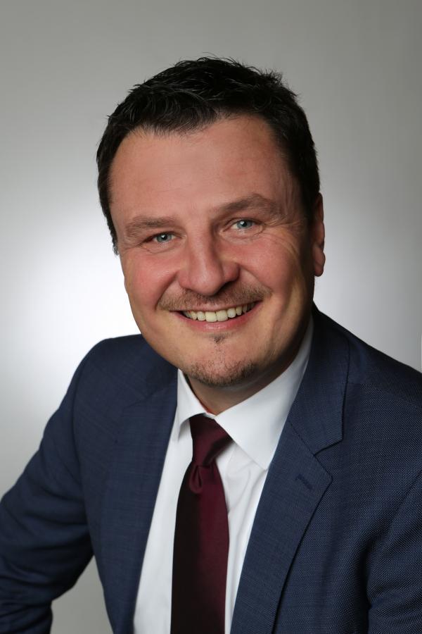 Adrian Schmidle