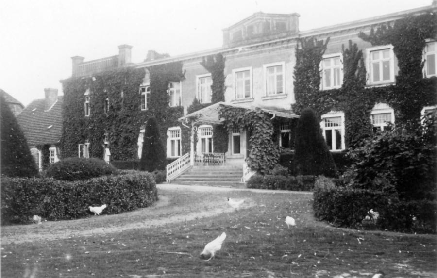 Das Gutshaus in Schorrentin (vor 1945) (1)