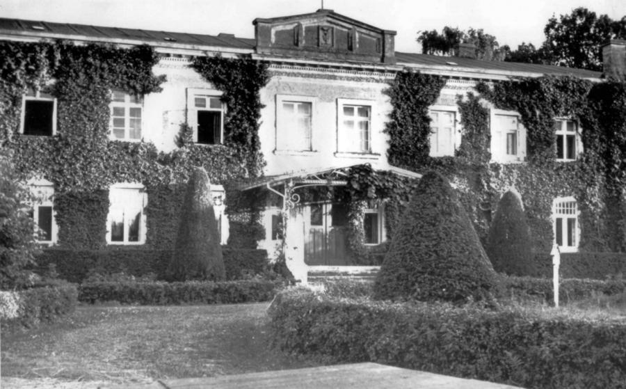 Das Gutshaus in Schorrentin (vor 1945) (3)