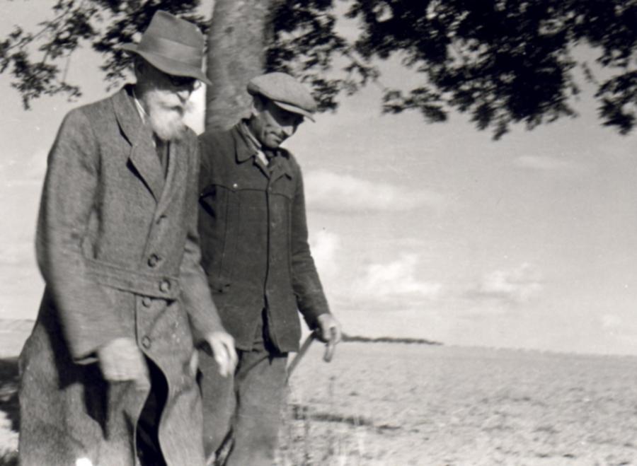 Alfred Peter Friedrich Paul Anton Viereck und Statthalter Hermann Schumacher (etwa 1940)