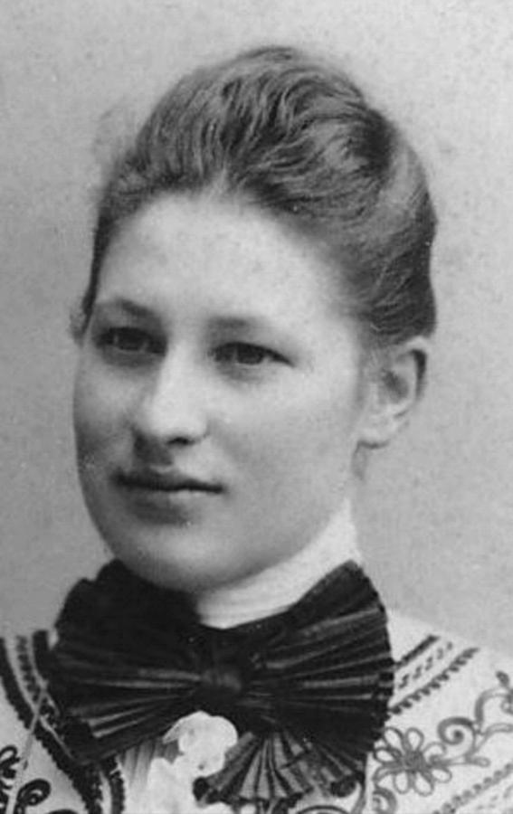 Toni Viereck (1879-1947)