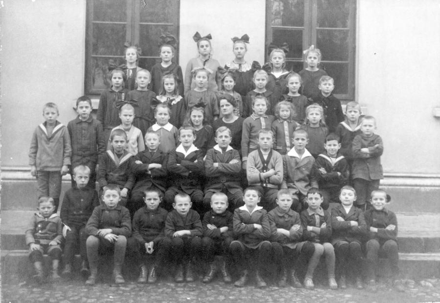 Schulklasse um 1925