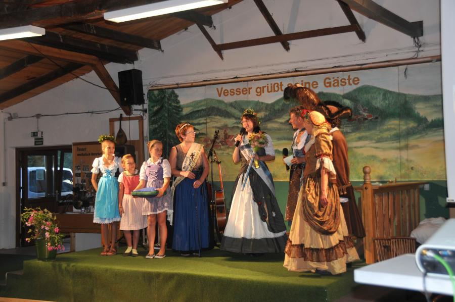 Schwarzebeerfest, Vesser