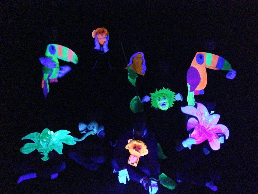 Schwarzlichttheater 2