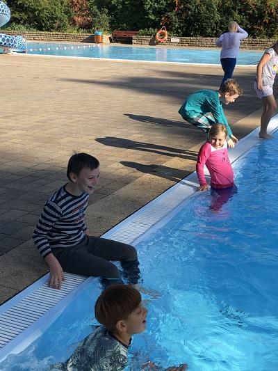 Schwimmlager1