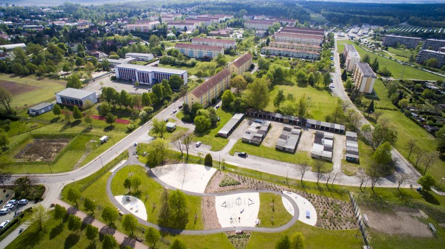 Luftbild Seespielplatz und GutsMuths Grundschule