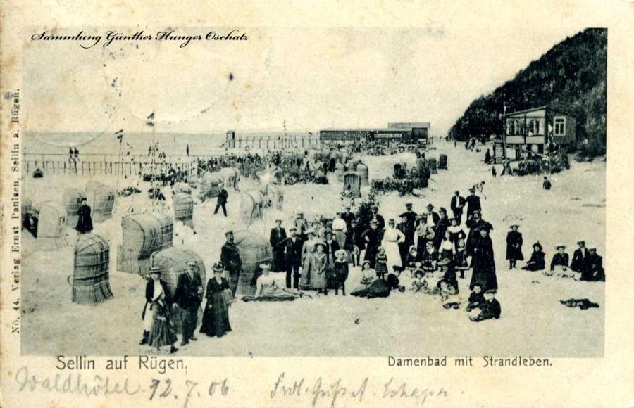 Sellin auf Rügen Damenbad mit Strandleben