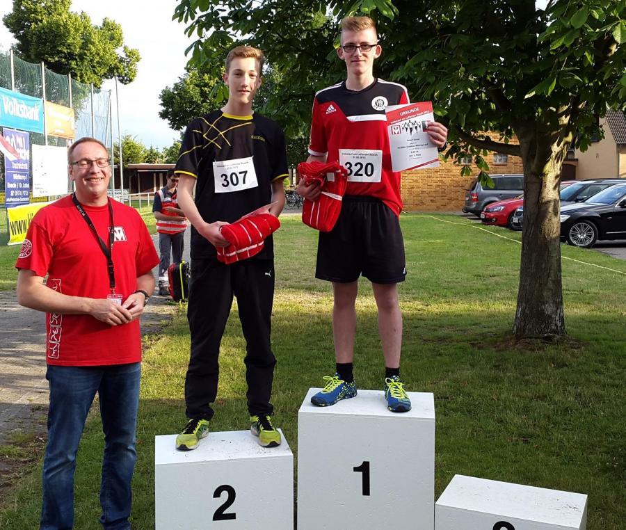 Siegerfoto 10.000m U18 männlich