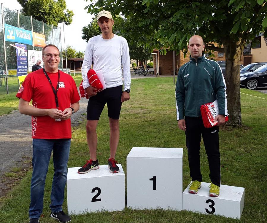 Siegerfoto 10.000m Ü18 männlich