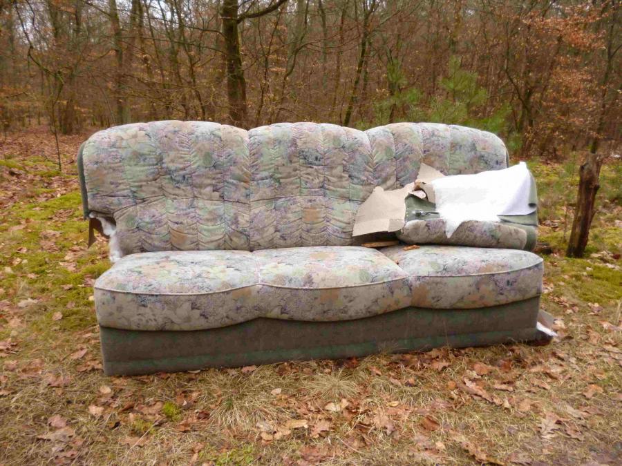 Sofa im Wabeler Wald