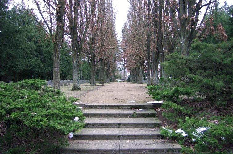 Soldatenberg auf dem Neuen Friedhof