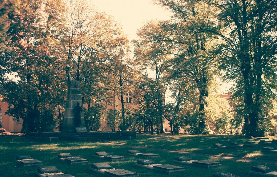 Sowjetisches Ehrendenkmal©Tourismusverein Dosse-Seen-Land