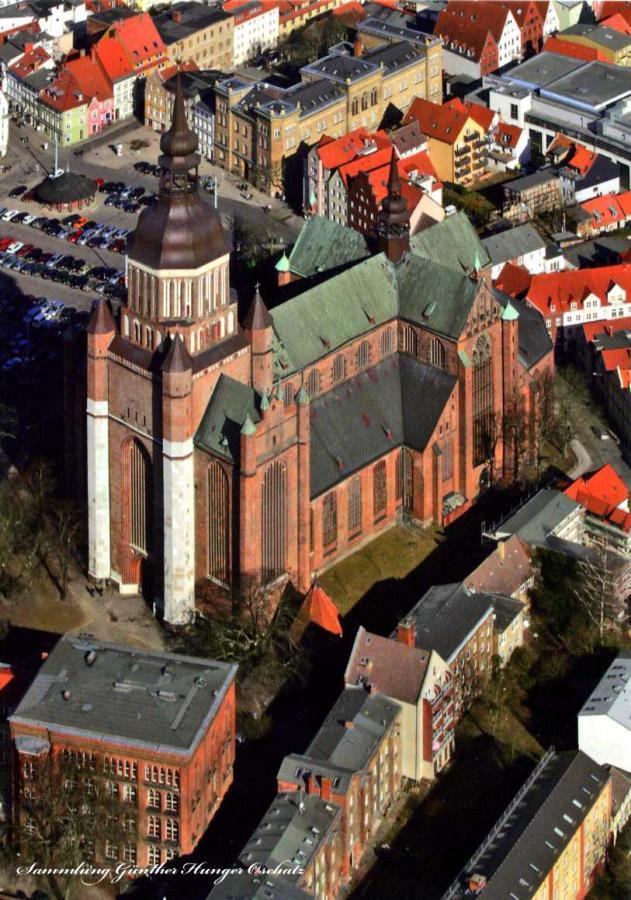 St Marien Stralsund Blick auf das St Marien-Quartier