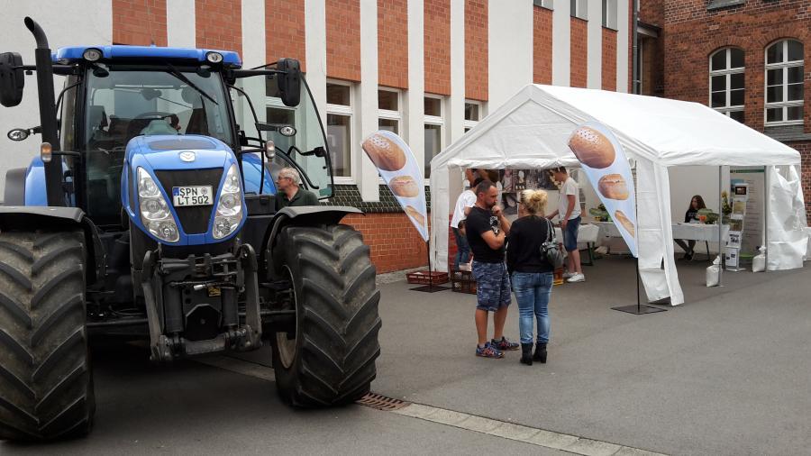 Stand und Traktor