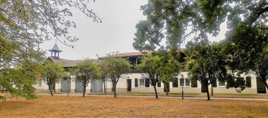 Bibliothek und Stipendiatentrakt
