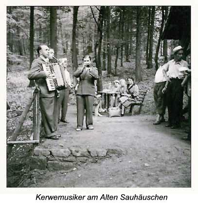 Kerwemusiker am Alten Sauhäuschen