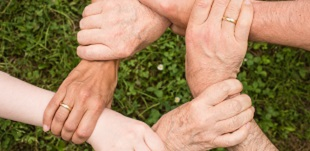 Verbundene Hände