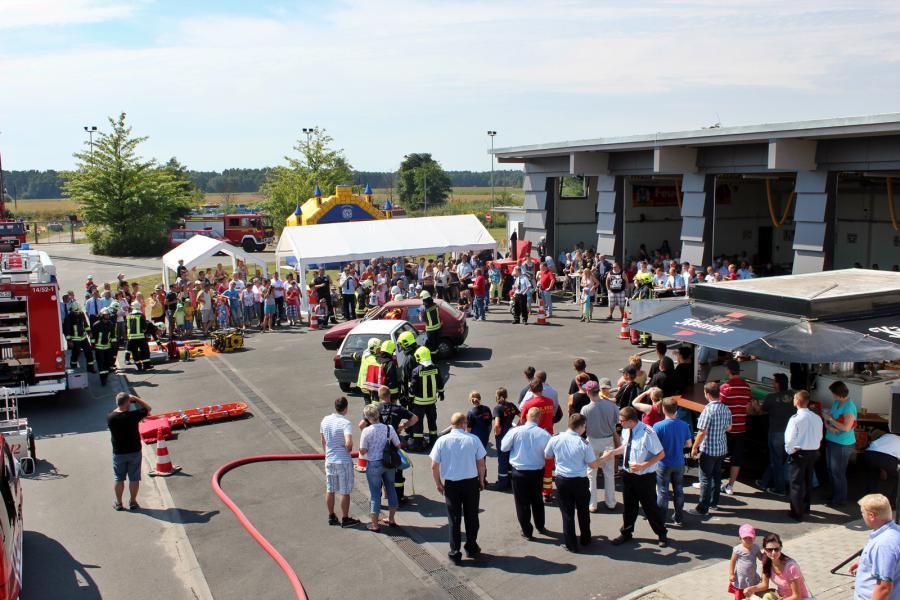 112 Jahre Feuerwehr Friedersdorf mit dem großen Tag der Offenen Tür der Neuen Feuerwache