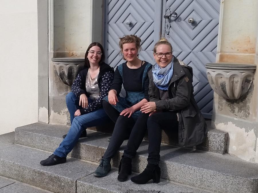 Team Geimeindesozialarbeit Niemegk Daniela Geißler, Anne Kollien (JuKo), Frederike Gallagher quer(0)