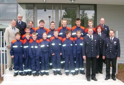 Das erste Gruppenphoto der neu gegründeten Jugendfeuerwehr
