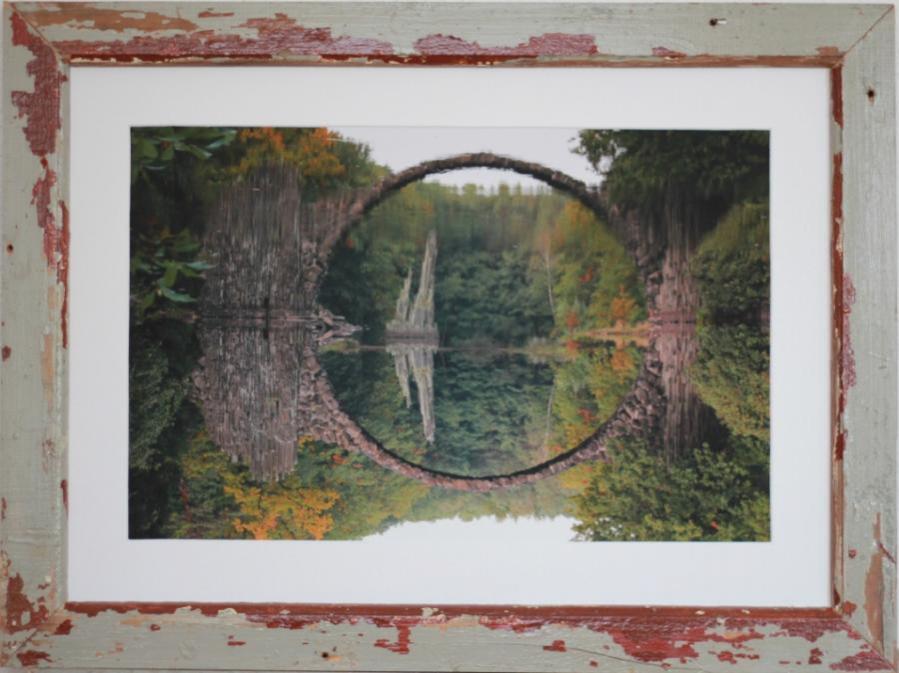 Teufelsbrücke - Rakotzbrücke im Kromlauer Park in der Nähe von Bad Muskau