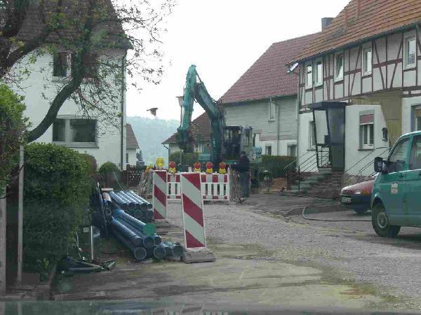Foto: Straßenbaumaßnahmen mit Erneuerung der Kanalisation und der Wasserversorgung