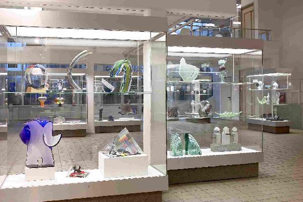 Foto: Ausstellungsraum des Glasmuseums Immenhausen