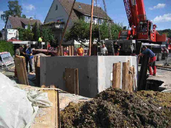 Foto: Einbau eines Regenüberlaufbeckens im Bereich Lohweg / Ziegelhütte