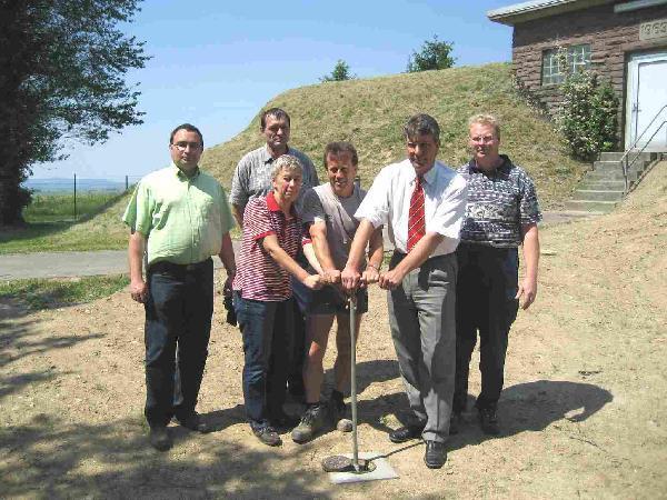 Foto: Inbetriebnahme der neuen Wasserverbindungsleitung von Waitzrodt nach Holzhausen