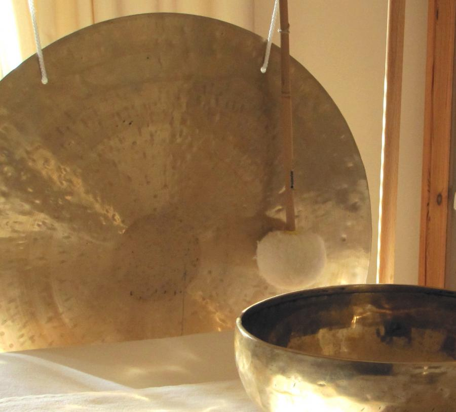 Tiefenentspannung durch Klangschalen & Gong