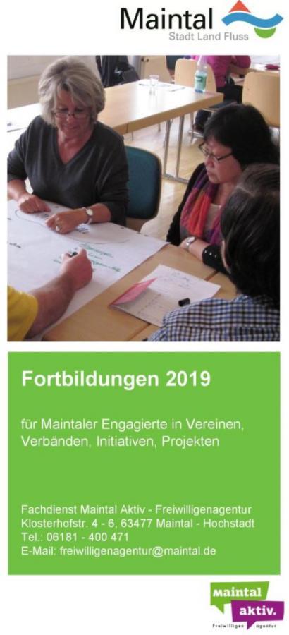 """Link führt zur PDF-Datei """"Fortbildungen 2019 für Ehrenamtliche & Freiwillige"""""""