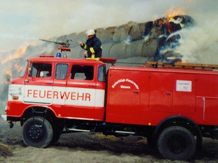TLF bei Strohmietenbrand 2001