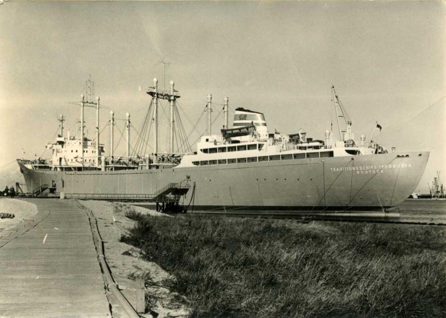 Rostock Schmarl Traditionsschiff Typ