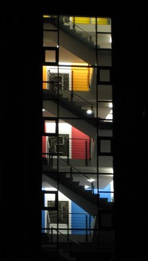 Treppenraum farbig
