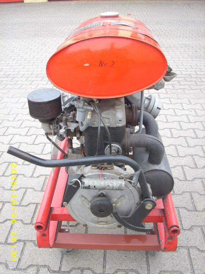 TS8-FLJ, Motorseite