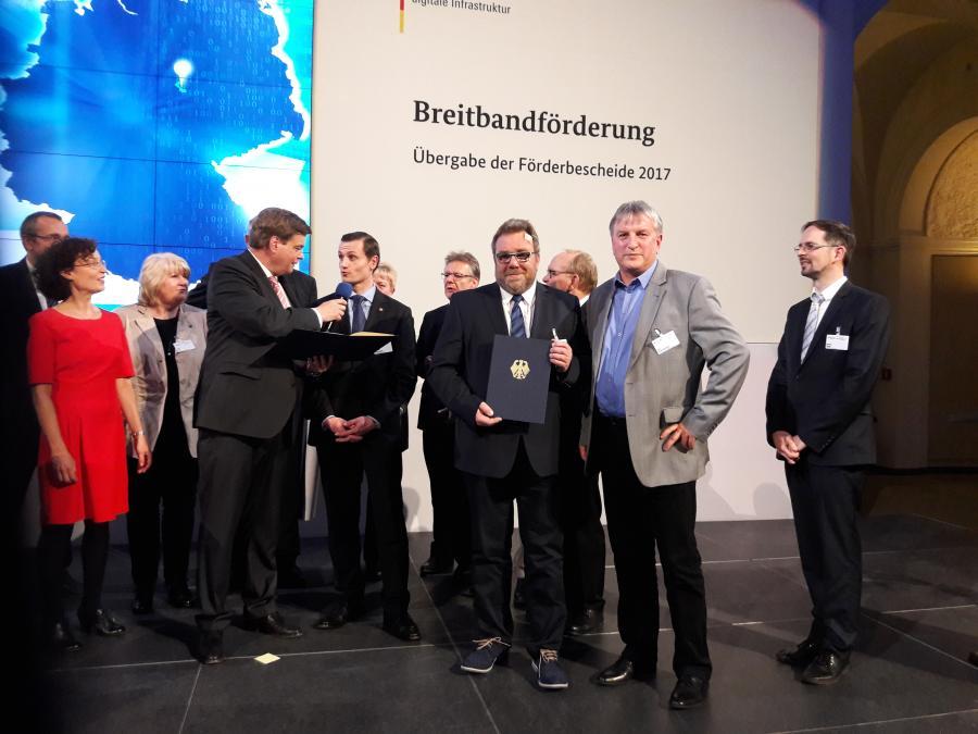 Übergabe Förderbescheid für den Breitbandausbau, Berlin 21.03.2017