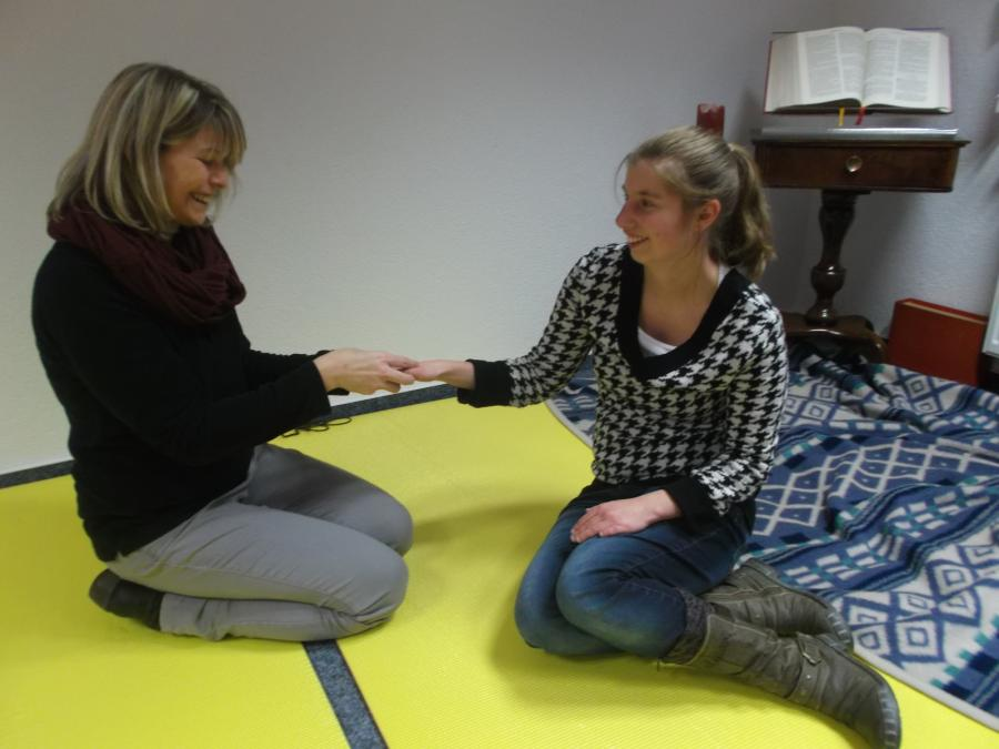 Lokaler Teilhabekreis Massageübung