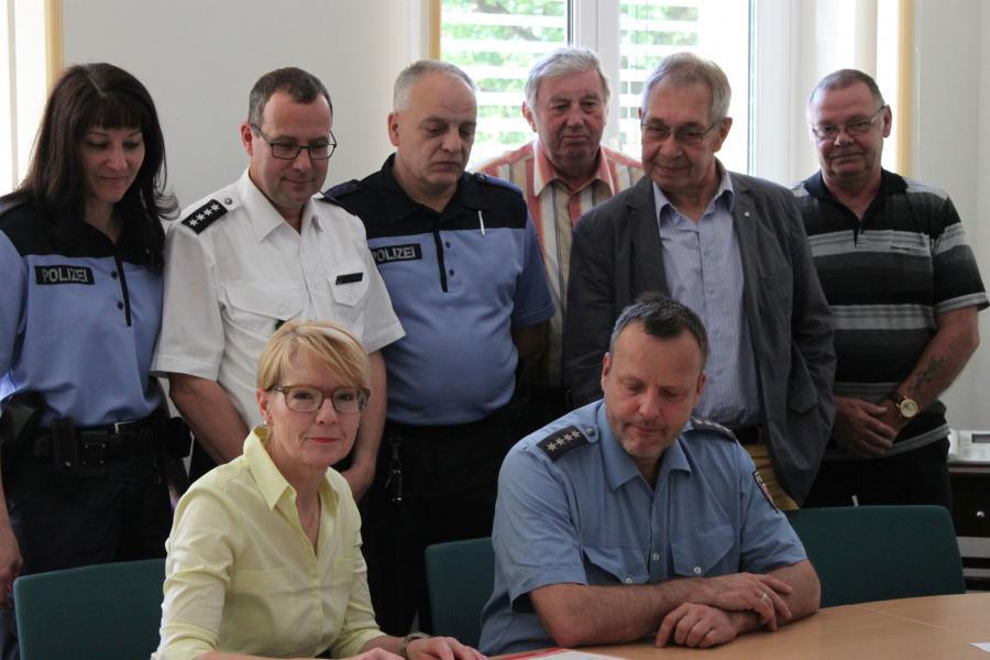 Unterzeichnung der Vereinbarung zur Kriminalitätsprävention