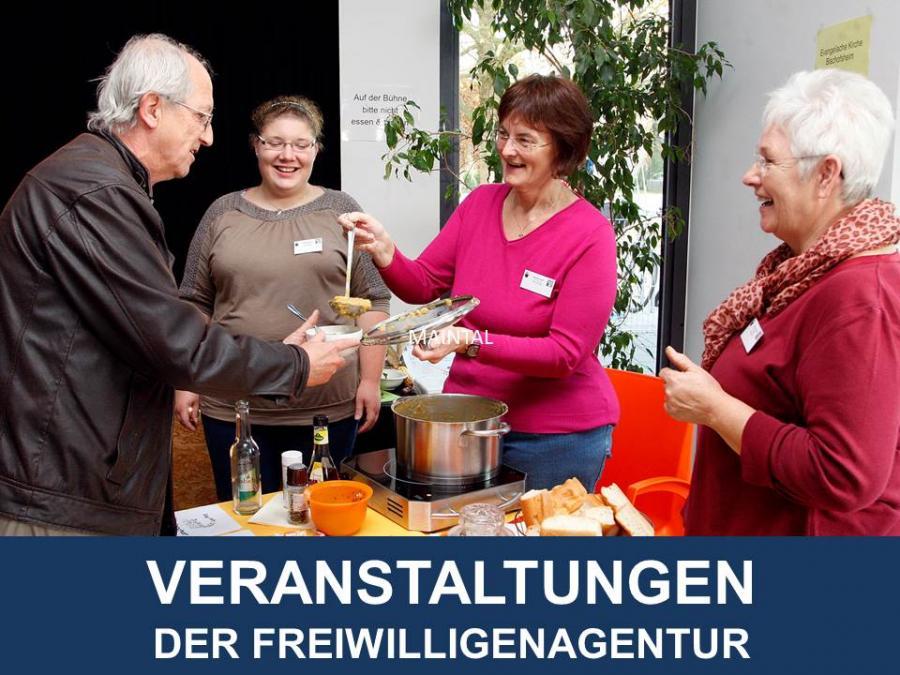 Link zu Veranstaltungen der Freiwilligenagentur; Bild zeigt Menschen bei einer Suppenausgabe