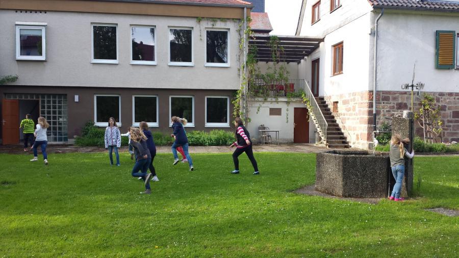 Versteckspielen in Beenhausen 1