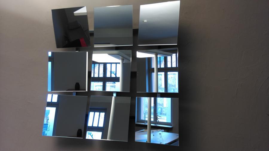 Verstellbarer Wandspiegel BIAKAL