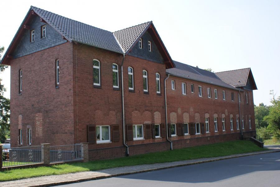Verwaltungsgebäude 3