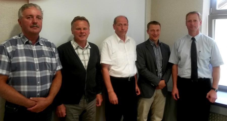 Foto des neuen Vorstandes  - von links: Peter Luck, Ralf Adam, Jürgen Holland-Nell,Martin Müller, Thomas Hugk