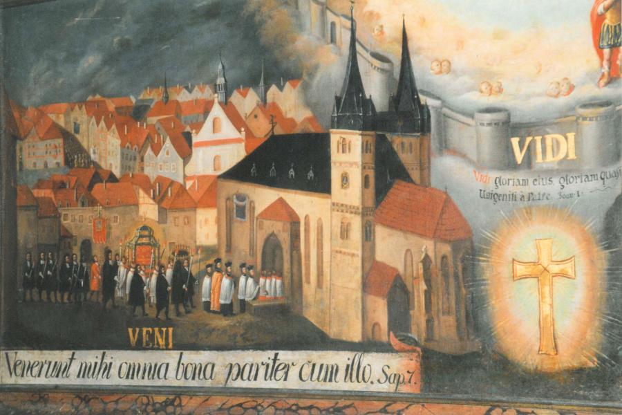 Wandgemälde einer historischen Vinzenziprozession in der Nikolauskirche in Eger