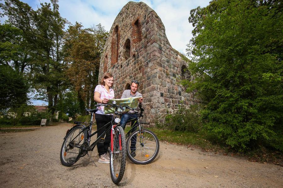 Radfahren am Kloster