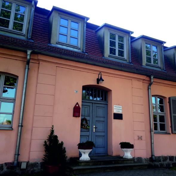 Webhaus - Front