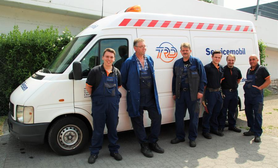 Andre Steinberg, Ralf Brands (Werkstattmeister), Andreas Tresp, Malvin Kotterba, Dominik Rachuba und Antonio Ciociola bilden unser Werkstatt-Team.
