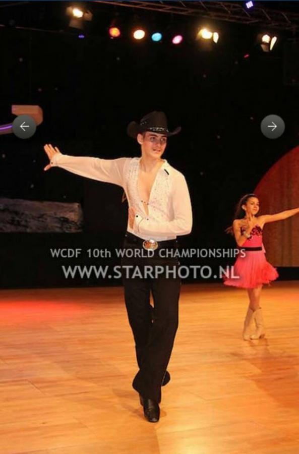 WM 2015 Line Dance