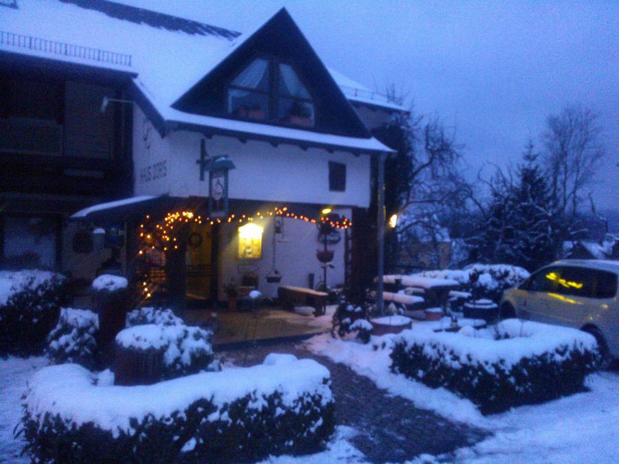 Winterabend Haus Doris