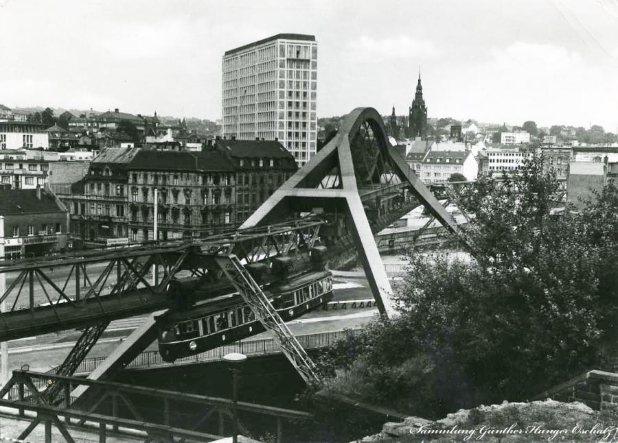 Wuppertal Blick auf Wuppertal-Elberfeld